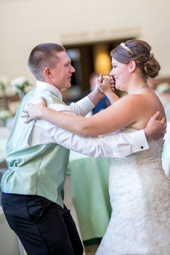 Topeka wedding photographer Great Overland Station first dance