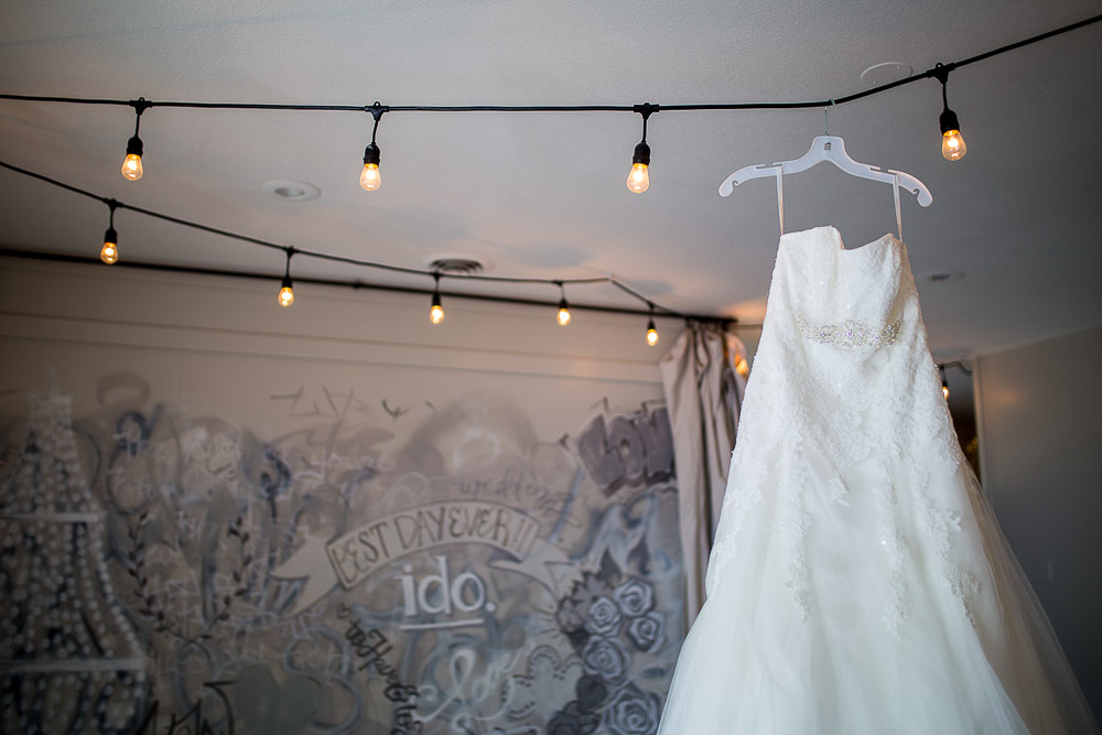 Bliss Plaza wedding photography gown with graffiti wall