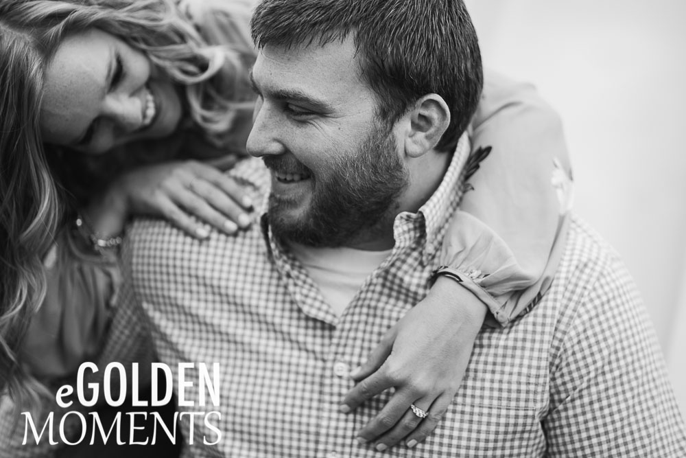 Platte City Missouri engagement session Alldredge Apple Orchard black and white weddings couple pose