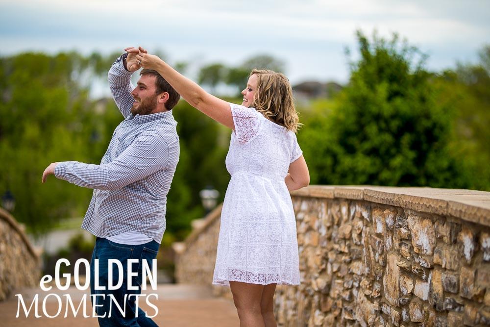 Seven Bridges Platte City engagement session