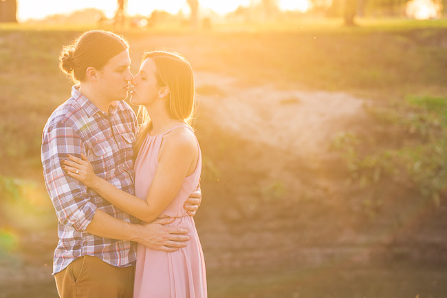 Parkville Missouri engagement session at English Landing Park