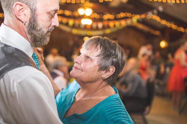 Off beat bride wedding in Kansas City at Weatherby Lake