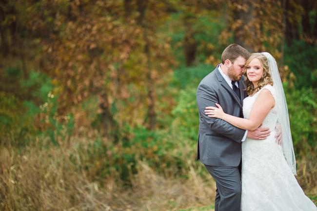 Fall wedding portraits at First Creek Farm in Kansas City